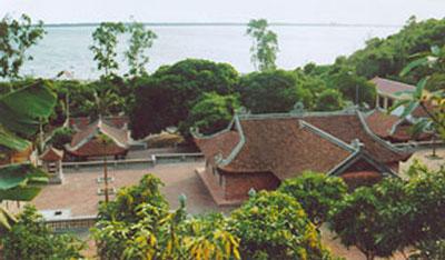 Ngôi chùa trên đảo Song Ngư