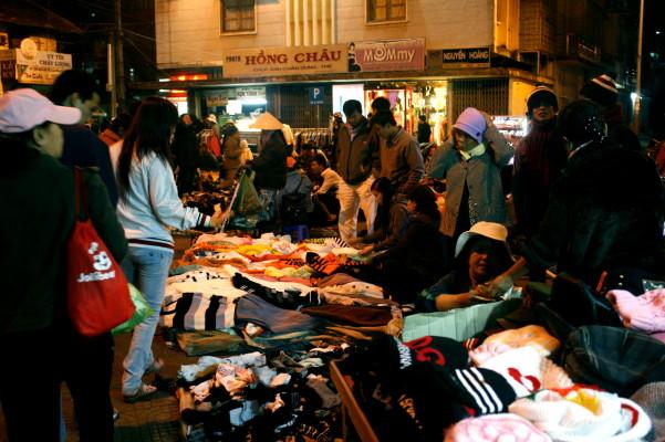 Chợ đêm tại Đà Lạt