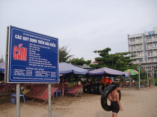 Ban quản lý du lịch Sầm Sơn mạnh tay