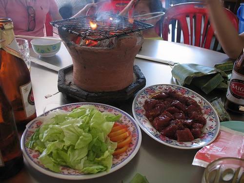 Đặc sản bò nướng lụi Lạc Cảnh