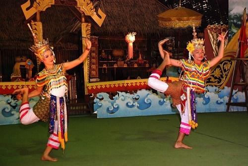 Múa cổ truyềnThái Lan