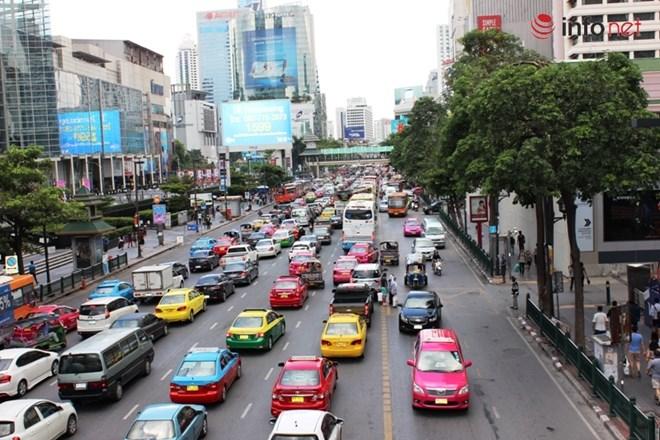Những chiếc taxi ở Thái Lan vô cùng sặc sỡ