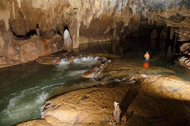 Hang Tối - Địa điểm du lịch hút khách ở Quảng Bình