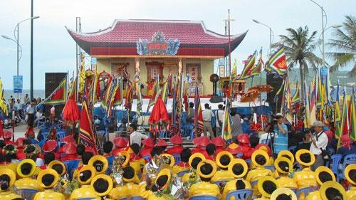 Lễ hội cá ông- lễ hội truyền thống ở Nha Trang