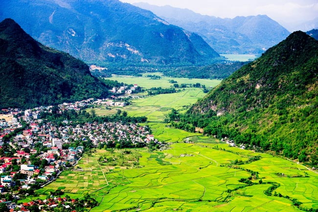 Vẻ đẹp thơ mộng miền đất Mai Châu ( Hòa Bình )