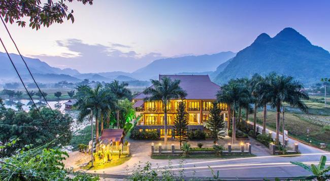 Mai Châu Lodge Hotel đẹp tựa như tranh