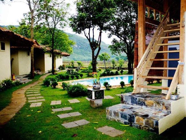 Các villas biệt lập theo lối kiến trúc mái tranh truyền thống