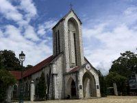 Khung cảnh nhà thờ đá Sapa