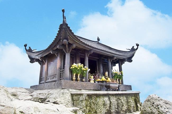 Chùa Đồng nơi đỉnh thiêng Yên Tử